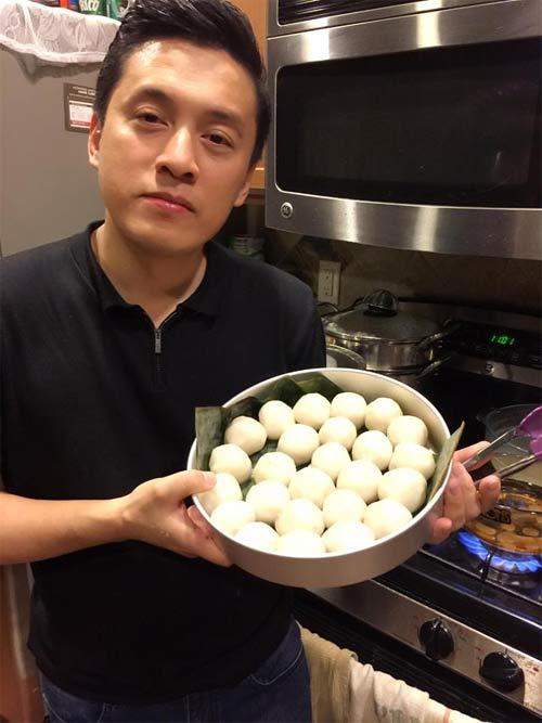 """Đoan Trang """"dụ"""" chồng Tây thưởng thức bún chả Hà Nội-11"""