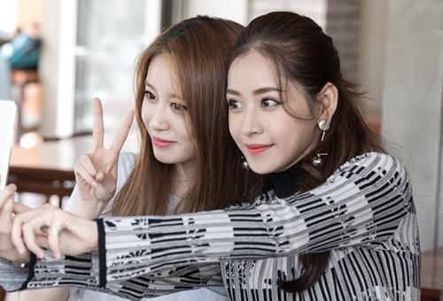 Ji-yeon (T-ara) ôm ấp Chi Pu và muốn đóng phim tại Việt Nam-8
