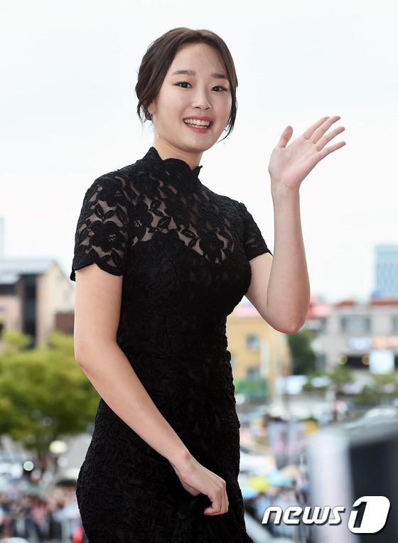 """Song Joong Ki, Song Hye Kyo """"ngó lơ"""" với giải thưởng """"Emmy của Hàn Quốc""""-13"""