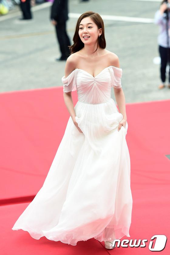 """Song Joong Ki, Song Hye Kyo """"ngó lơ"""" với giải thưởng """"Emmy của Hàn Quốc""""-8"""