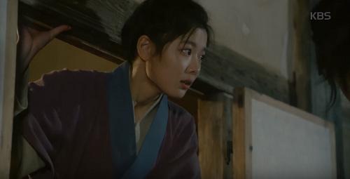 may hoa anh trang tap 15: kim yoo jung tro mat nhin nguoi yeu lay co gai khac - 8