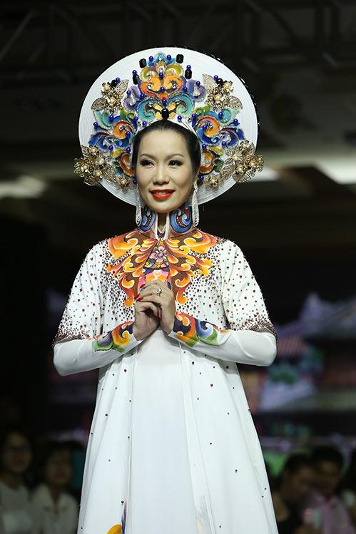 "trinh kim chi dep quyen luc, long lay, ""at via"" dan em - 8"