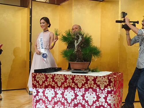 phuong linh mang dua tram huong toi hoa hau quoc te 2016 - 9
