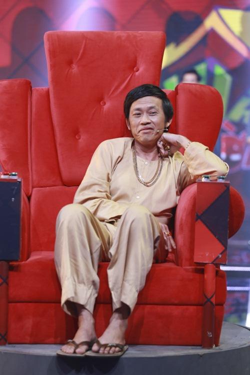 """nha cuoi: hoai linh nam """"ba dao"""" tren ghe xoay, xuan bac """"gai"""" cao thai ha hon minh - 1"""