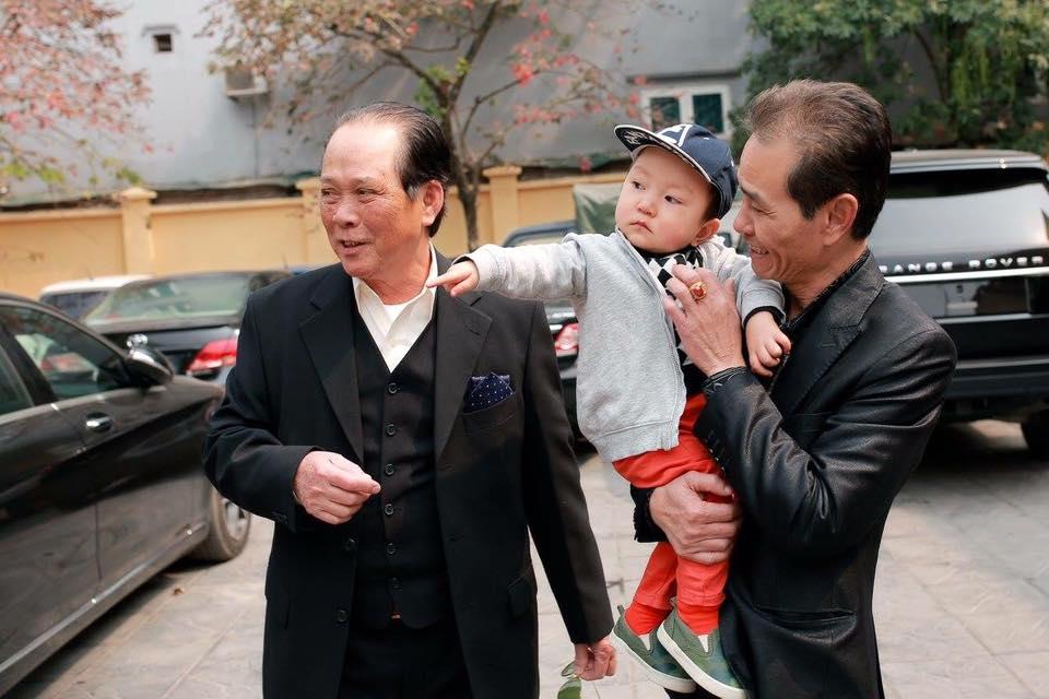 tuan hung: su ra doi cua con trai su hao lam thay doi tat ca - 6