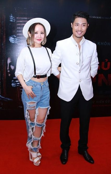 "nhung chiec quan jeans ""cho cung chang ai dam mac"" cua sao viet - 3"