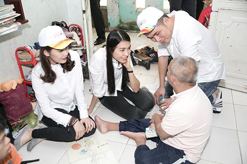 Mặc ồn ào tình cảm với Tiến Đạt, Milan Phạm giản đị di từ thiện ở Cần Thơ-1