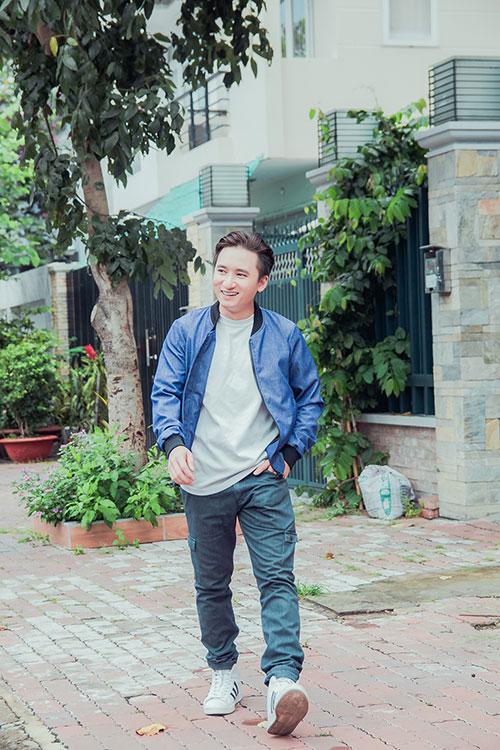 Phan Mạnh Quỳnh được người hâm mộ ở tỉnh vây kín-4