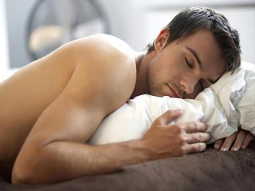 5 bí mật ngã ngửa chỉ xảy ra trong phòng ngủ của các quý ông-2