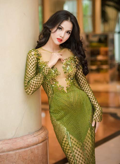 Vợ chồng Bebe Phạm – Dustin Nguyễn tình tứ, ngọt ngào trên thảm đỏ-6