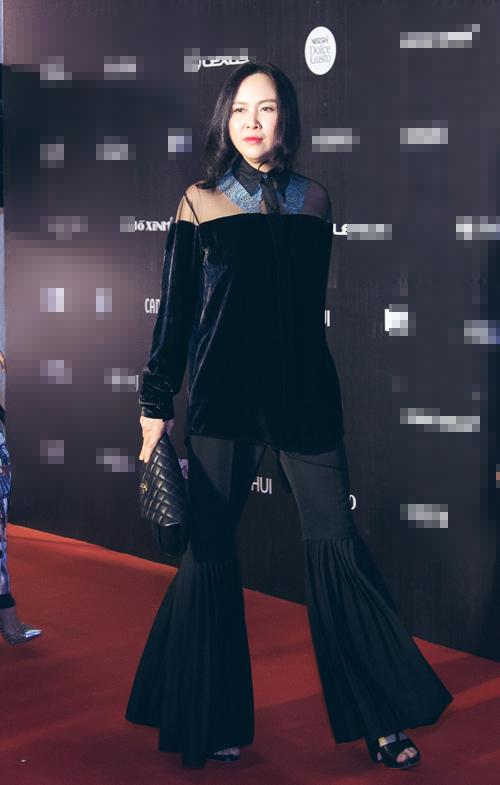 Phượng Chanel mặc đồ hiệu 120 triệu đồng bất ngờ tái xuất-4