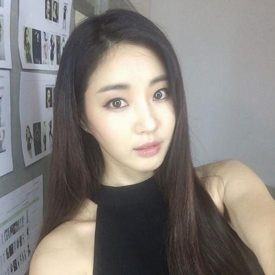 ngoi sao 24/7: chang can chinh sua, hh han quoc kim sarang nuot na khong tuong - 1