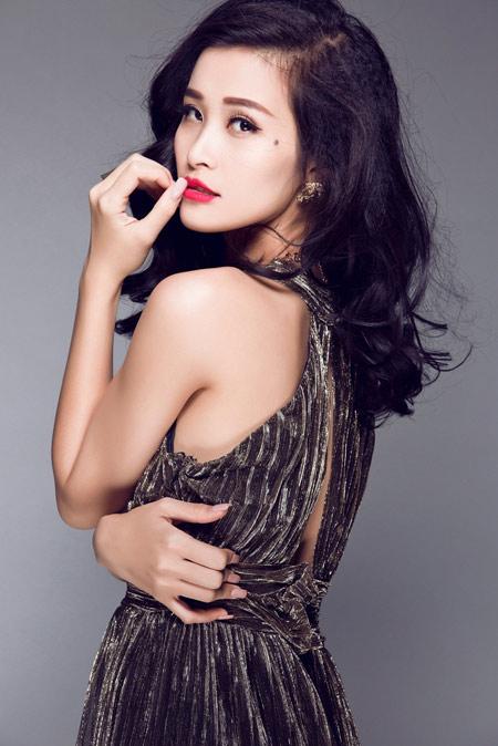 "xuan lan tat bat chuan bi show dien ""khung"" - 10"