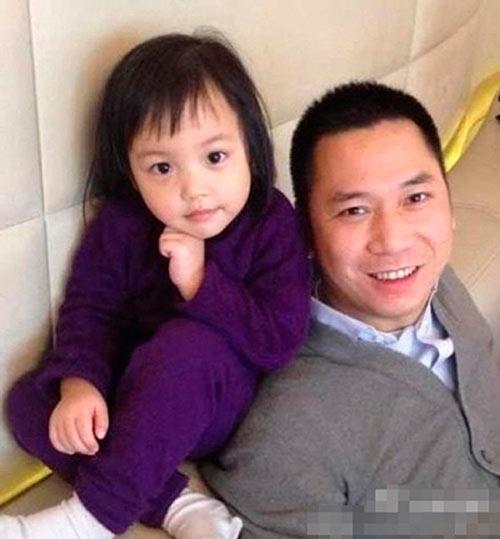 Lâm Tâm Như còn đang bầu, con gái Triệu Vy đã sắp thành đại mỹ nhân giống mẹ-6