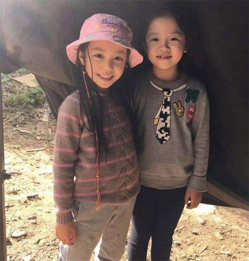 Lâm Tâm Như còn đang bầu, con gái Triệu Vy đã sắp thành đại mỹ nhân giống mẹ-2