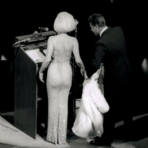 Hé lộ chiếc váy đắt nhất thế giới giá 107 tỷ đồng-2