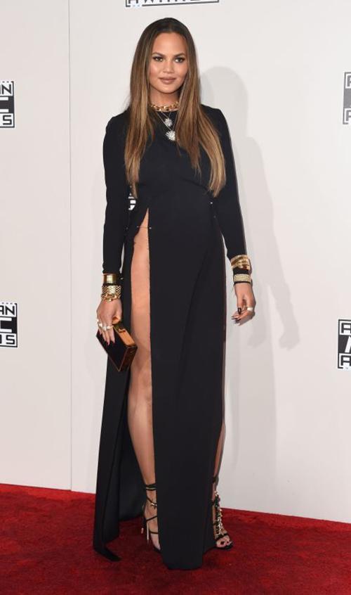 Ơn Trời, Lady Gaga đã hết thời thảm họa thời trang! - 9