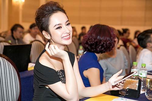 Angela Phương Trinh được Bằng Kiều ôm eo thân mật trong sự kiện-3