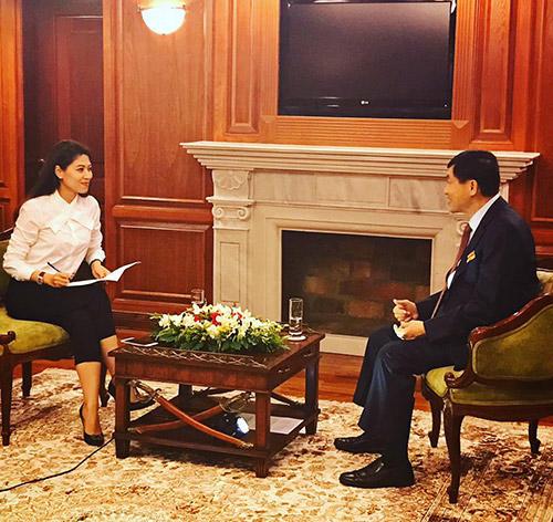Bố chồng Hà Tăng lần đầu tiên nói về con dâu nổi tiếng-1