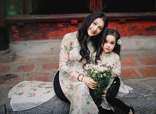 """Bé gái Hà Nội được hứa hẹn """"sinh ra để làm hoa hậu""""-16"""