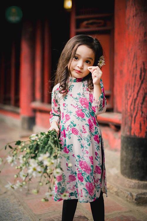 """Bé gái Hà Nội được hứa hẹn """"sinh ra để làm hoa hậu""""-18"""