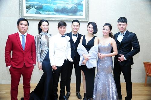 Midu, DJ Trang Moon gợi cảm tuyệt đối khi sánh đôi nhận giải tại Hàn Quốc-4