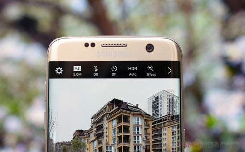Samsung Galaxy S8 có camera trước tự động lấy nét-1