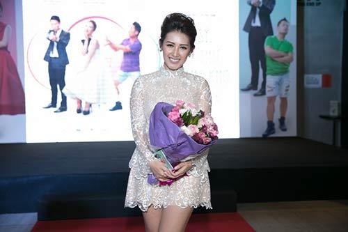Sánh đôi cùng Võ Cảnh, Angela Phương Trinh thuê hẳn dàn vệ sĩ tháp tùng-17