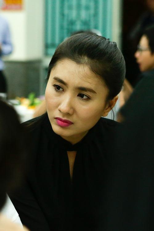 Thành Lộc, Ái Phương, Ánh Tuyết lặng đi trước linh cữu ca sĩ Quang Lý-9