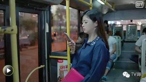"""1001 tinh huong quang cao trang tron tren phim khien khan gia """"khoc thet"""" - 2"""