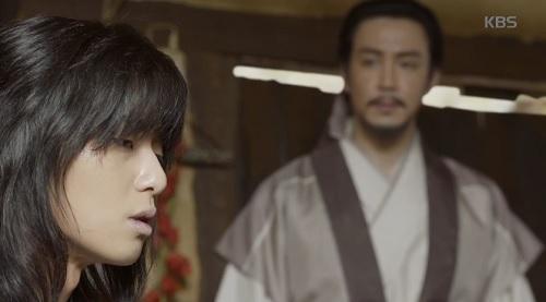 """hwarang tap 2: khan gia dau xot chia tay """"hoang tu chau a"""" lee kwang soo - 7"""