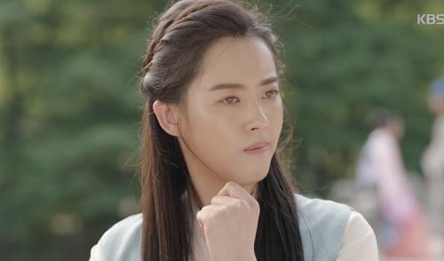 """hwarang tap 2: khan gia dau xot chia tay """"hoang tu chau a"""" lee kwang soo - 8"""