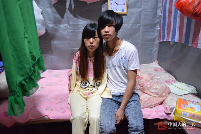 neu ban met moi voi con cai, nhin nguoi me nay de thay khao khat duoc cham con lon nhuong nao - 4