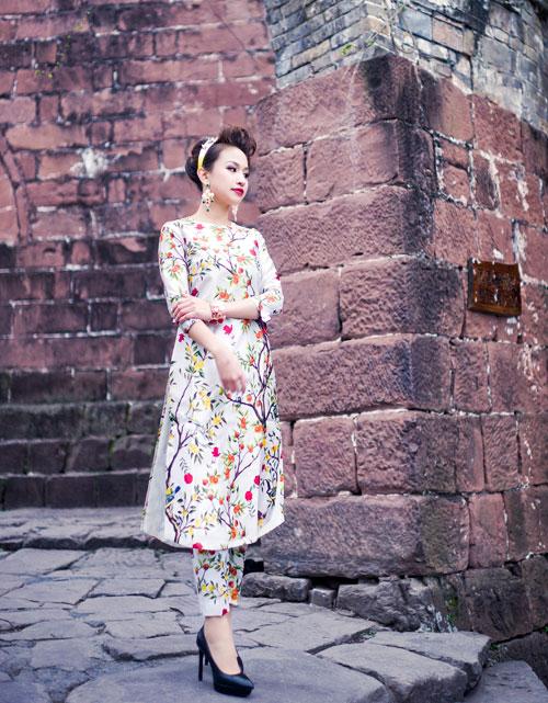 Sao Việt xấu - đẹp cùng áo dài Xuân