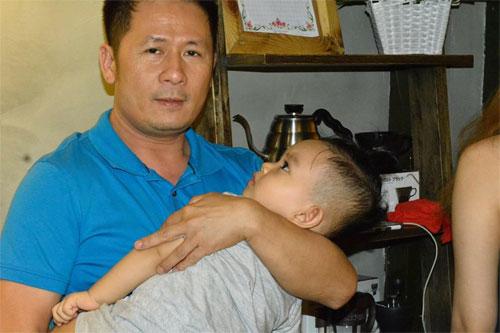 khanh thi muon con trai hoc hat bang kieu - 1