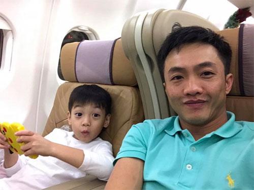 khanh thi muon con trai hoc hat bang kieu - 4