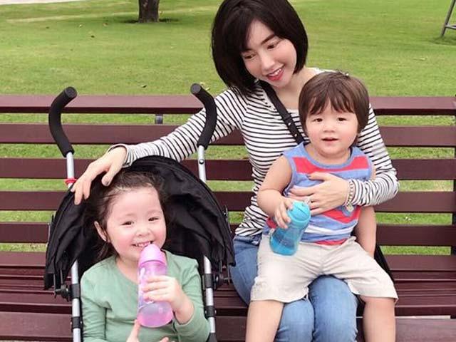 Elly Trần viết tâm thư cho hai cục pin nhỏ Cadie và Alfie