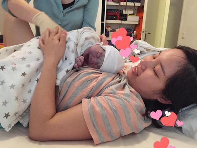 Mẹ Việt ở Hà Lan kể chuyện đẻ thường con gần 4kg quá nhanh không kịp đi bệnh viện
