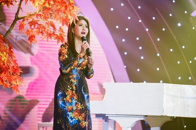 Giọng hát cao vút gây ngạc nhiên của danh ca Họa Mi khi đã ngoài 60 tuổi