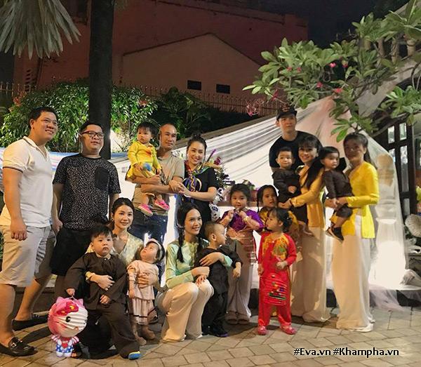 """Sài Gòn có 8 nàng hot mom """"nghiêng nước nghiêng thành"""" lại khéo chăm con - 8"""