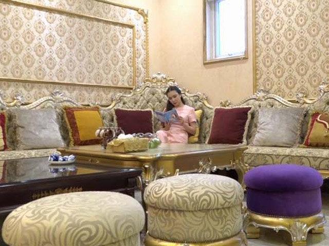 Nhà đẹp của sao: Ngất ngây biệt thự hoàng gia của Hồ Quỳnh Hương
