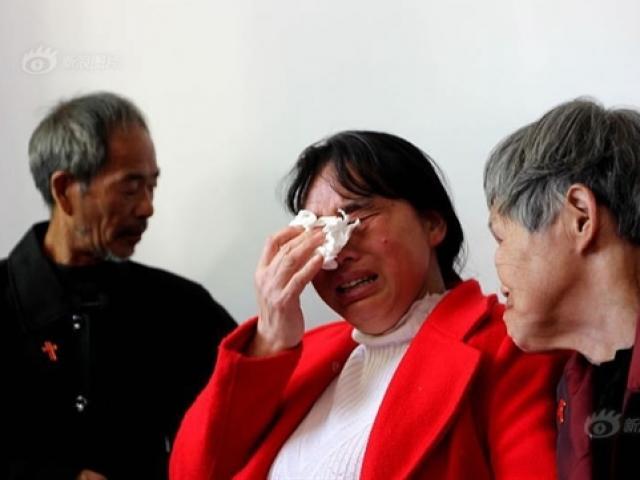 Chồng bán con gái trả nợ, vợ tha phương 30 năm tìm kiếm và cuộc đoàn tụ đầy nước mắt