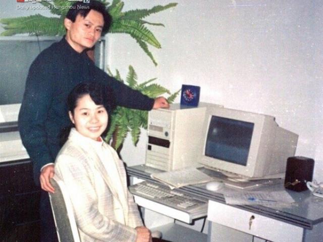 Câu chuyện không phải ai cũng biết về người vợ thầm lặng của tỷ phú Jack Ma