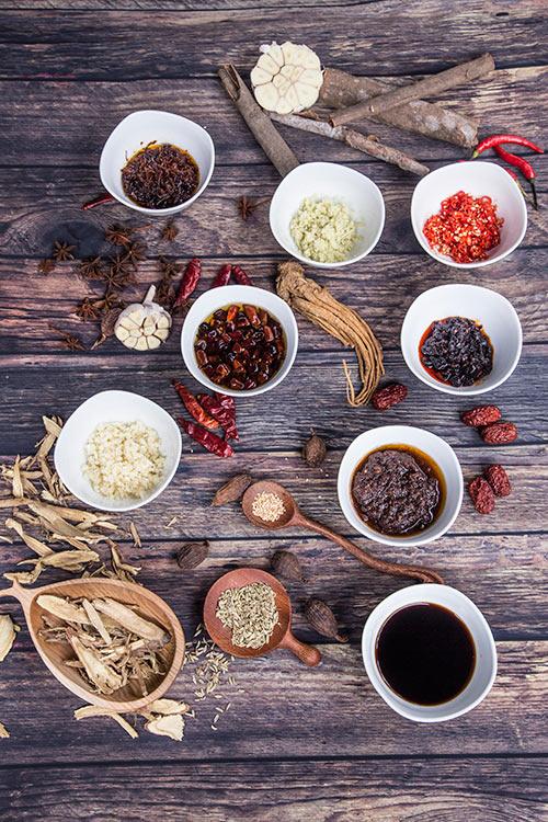 Dẫn cả nhà ăn lẩu Hongkong – Xem bếp mở vách kính