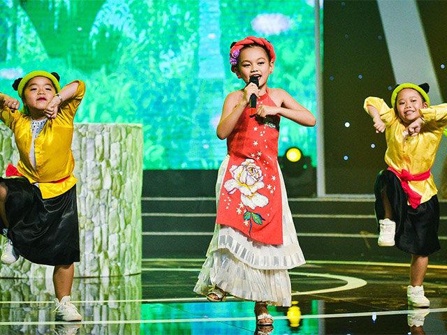 Đáng yêu hết cỡ với cô con gái đến từ gia đình hải sản của nhạc sĩ Yên Lam