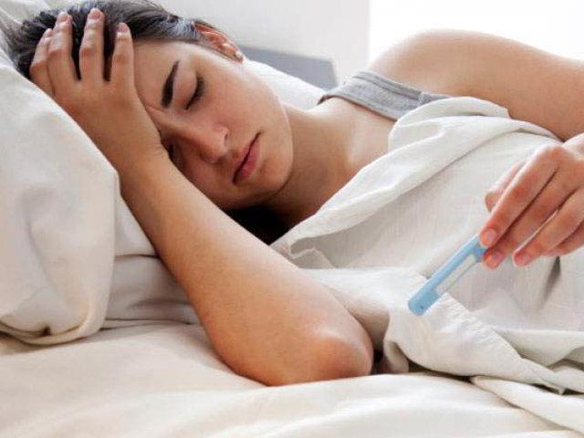 Bà bầu bị sốt nên làm gì?