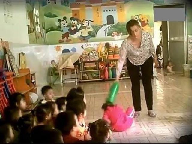 Lời khai của bảo mẫu đánh trẻ em: Đánh để… dằn mặt rồi tụi nhỏ ngoan ngoãn nghe lời