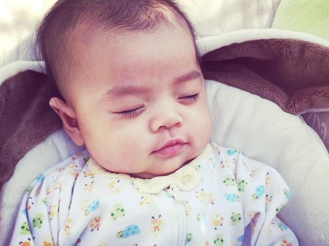 3 việc cực đơn giản của mẹ Việt ở Mỹ rèn con ngủ ngon giấc, xuyên đêm