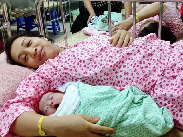 Chế độ thai sản mới nhất năm 2018: Mẹ sinh nửa cuối năm được lợi nhiều hơn!
