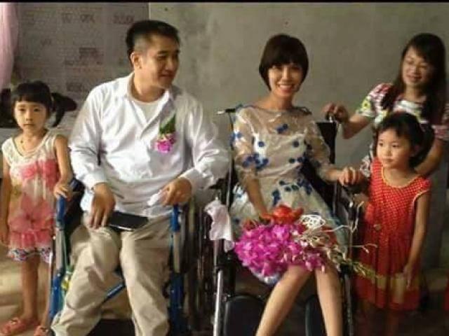 Chuyện tình khó tin của cặp đôi ngồi xe lăn, ngày cưới là lần đầu gặp mặt